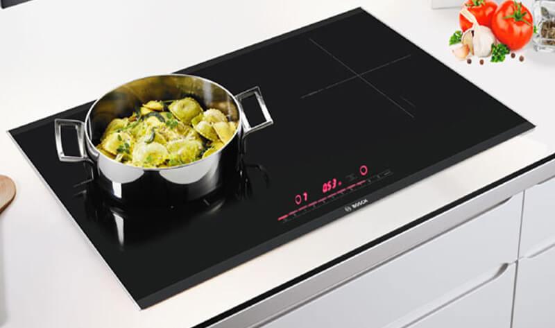 Lựa chọn mua bếp từ giúp gian bếp nhà trở nên đẳng cấp và sang trọng
