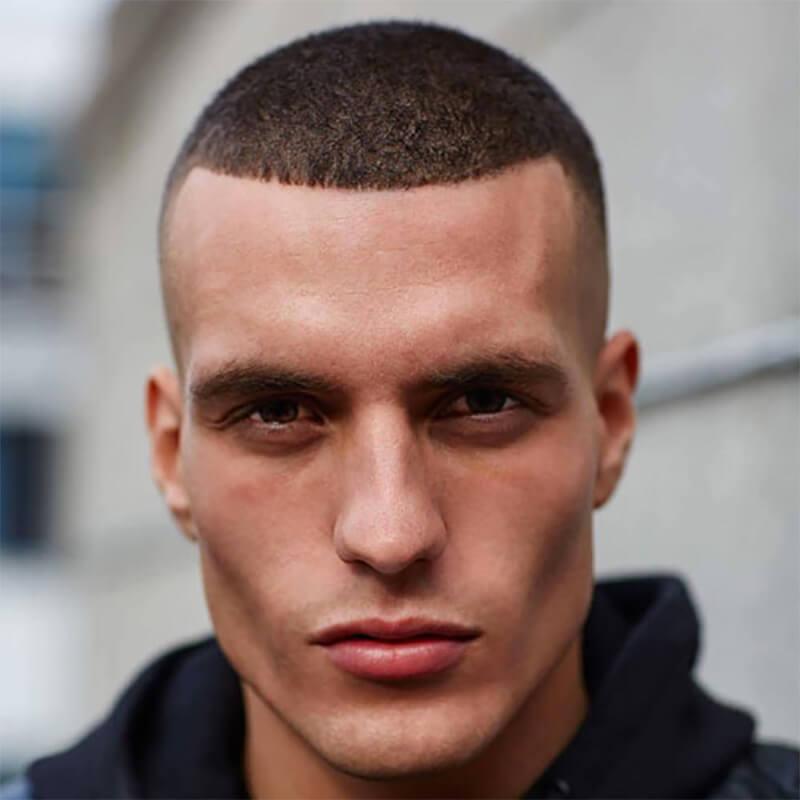 Kiểu tóc cắt Buzz kết hợp Da Fade và Line Up