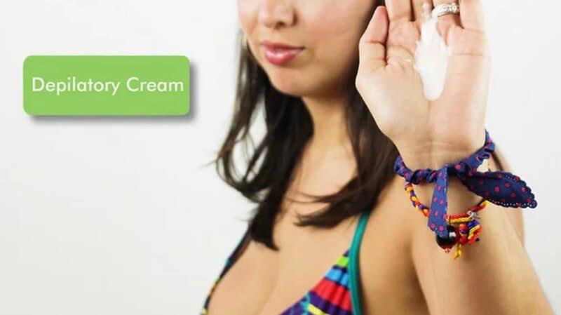 Chọn một loại kem làm rụng lông chuyên dùng cho các khu vực nhạy cảm