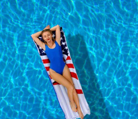 15 Bộ đồ bơi một mảnh hấp dẫn cho các cô nàng yêu cái đẹp