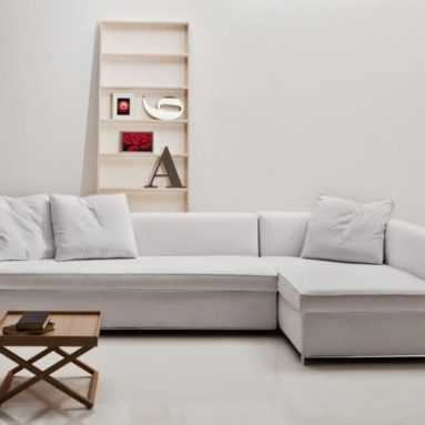 Top 5 mẫu bàn ghế sofa dành riêng cho phòng khách vừa và nhỏ